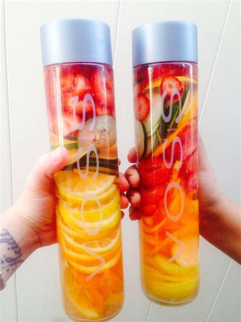 What Fruit Are In Water To Drink And Detox by How To Make The Best Out Of Voss Water With Fruit New