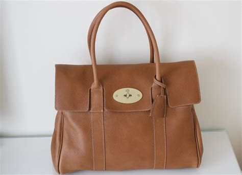 Tribute To A Timeless Classic Mulberrys Leather Bayswater Bag by Mulberry Bayswater Bag Review Ysis Lorenna