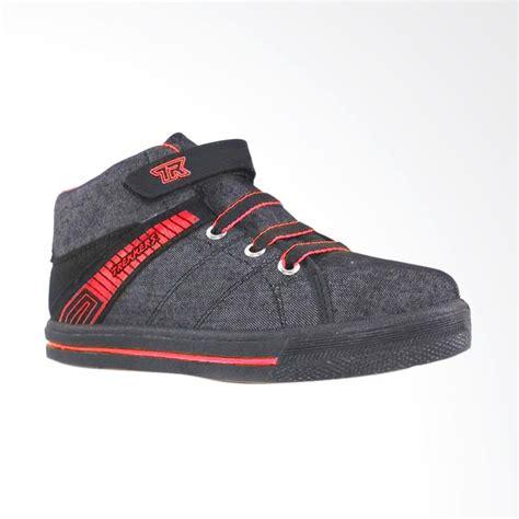 Sepatu Dc Merah Hitam jual trekkers cv maxi tk sepatu anak hitam merah harga kualitas terjamin blibli