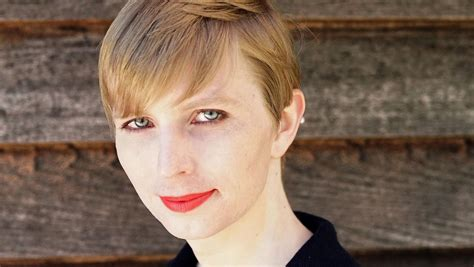 Chelsea Manning | chelsea manning shares first photo of herself after prison