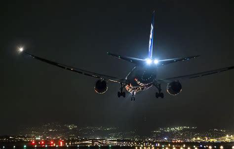 beautiful vortex from 737 800 landing in cat ii wallpaper the plane japan airport osaka boeing