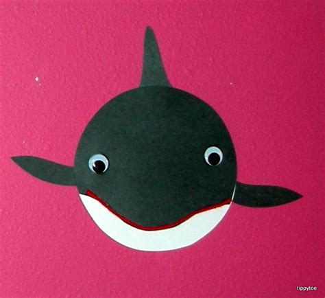 whale crafts for tippytoe crafts killer whales
