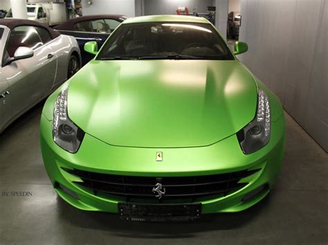 matte green ferrari ferrari ff turns matte green in russia autoevolution
