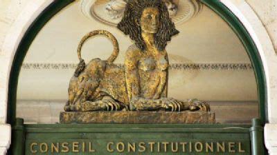 qui si鑒e au conseil constitutionnel les nominations au conseil constitutionnel font jaser l