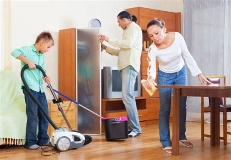 cleaning the house easy effective and everlasting cleaning habits for the whole family house