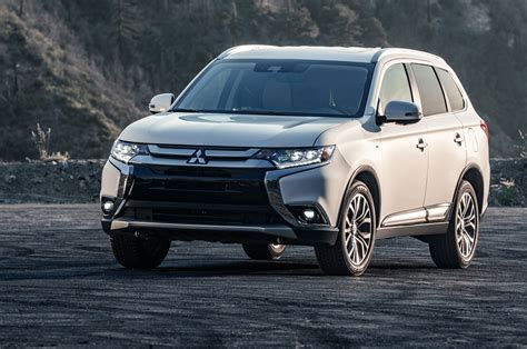 2019 Mitsubishi Outlander Gt by 2019 Mitsubishi Outlander Gt S Awc Specs And Features