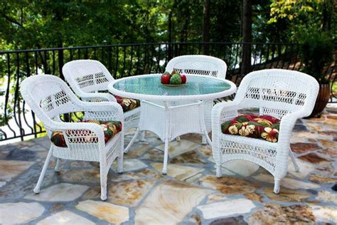 White Wicker Patio Furniture Sets Tortuga Portside Coastal White Wicker Dining Set Psdwh Coastalwhite