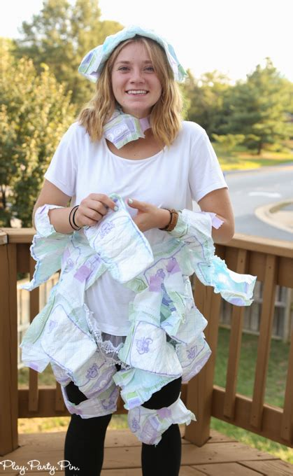 Baby Shower Dress Up Ideas by 15 Hilariously Baby Shower