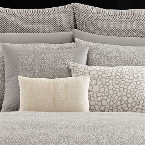 Vera Wang Quilt Cover by Vera Wang Crochet Lace Duvet Cover From Beddingstyle