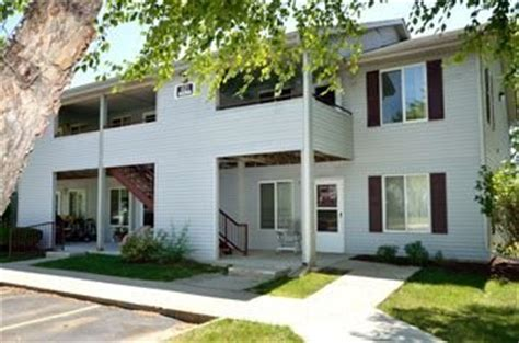 west hill apartments cedar rapids iowa central iowa regional housing authority rentalhousingdeals