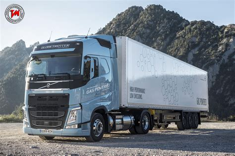 volvo truck of the year volvo fh lng vince il premio sustainable truck of the year