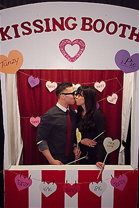 valentines day photobooth gallery s day booth at ipic theaters