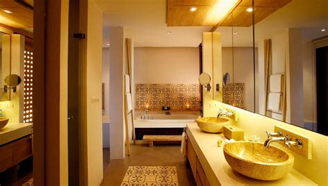 bathroom in thai luxury villas in phuket thailand
