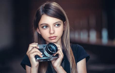 girl wallpaper goodfon wallpaper the young photographer the camera girl images