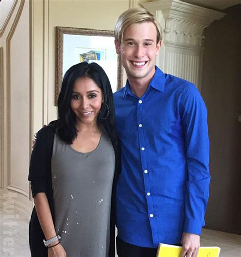 tom arnold tyler henry how did hollywood medium tyler henry become psychic read