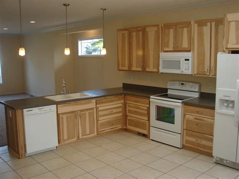 discount hickory kitchen cabinets hickory kitchen cabinets simple kraftmaid kitchen