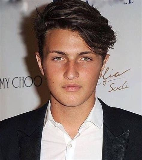 how old is anwar hadid 10 best images about anwar hadid on pinterest
