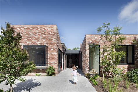 st kilda houses st kilda east house clare cousins architects