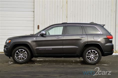 How Many Passengers Does A Jeep Grand Hold 2015 Jeep Grand Limited 4x4 Review Carsquare