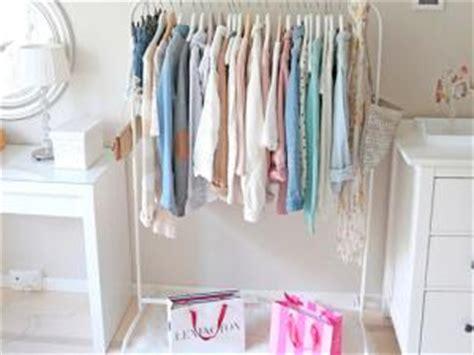 Idee Rangement Vetement Chambre 2583 by Du Rangement Pour Les V 234 Tements Par A La Mode Montreal