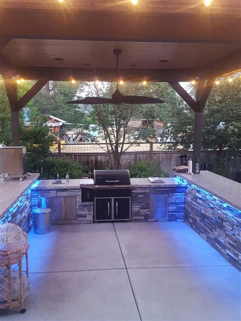Bbq Island Lighting Ideas 25 Best Ideas About Custom Bbq Grills On Pinterest Custom Bbq Pits Custom Smokers And Bbq