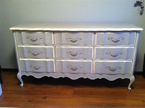 Goodwill Dressers by 1000 Images About I Like To Make Stuff On Stains Record Player And Acrylics