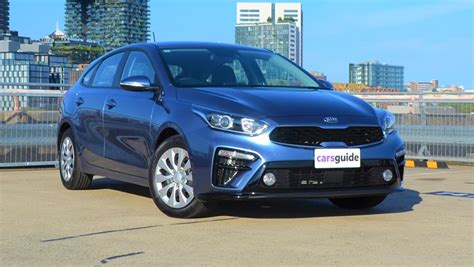 Kia Cerato Hatch 2019 by Kia Cerato S 2019 Review Hatch Carsguide