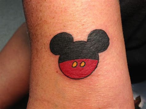 simple disney tattoos 1000 ideas about mouse tattoos on animal