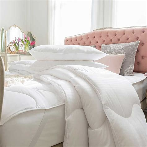 Soft Bed Comforters by Duvets
