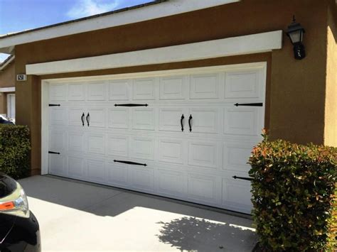 Garage Door Accents Lowes by Lowes Garage Doors Affordable Cost Of Installment