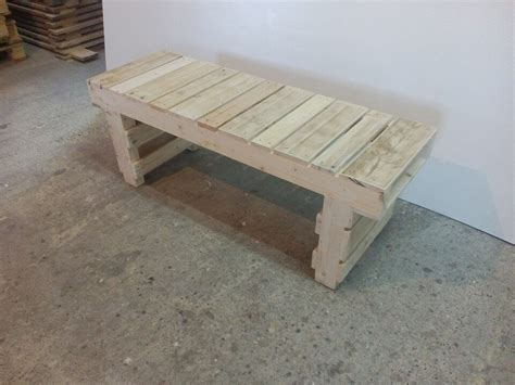 wooden pallet bench old pallet wood bench 101 pallets