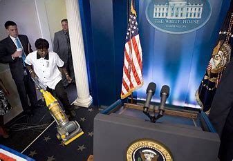 Ranting White Ry 90rb photo op white house unveils new press room 171 h ist ry