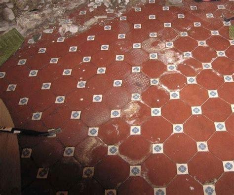 rimozione piastrelle pavimento rimozione e sostituzione piastrelle piastrelle