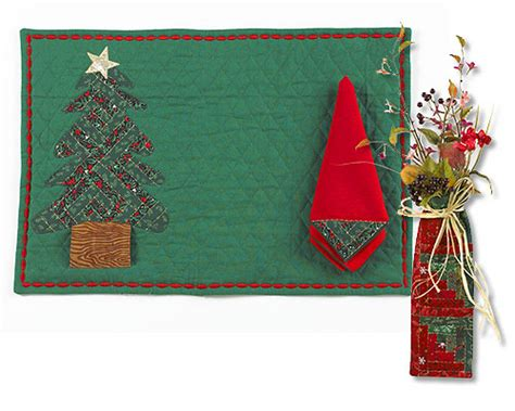 free pattern for christmas napkins applique christmas placemat and napkin