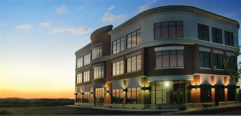 20 000 sq ft location w multi tenant office space