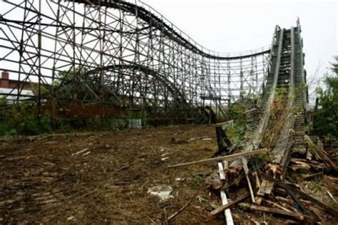 Abandoned Amusement Park by Abandoned Roller Coaster 25 Pics