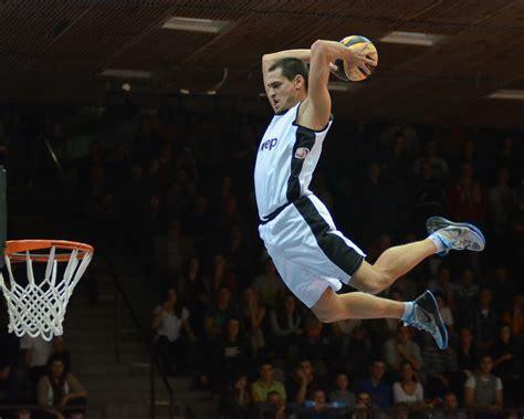 basketball play wp images basketball player