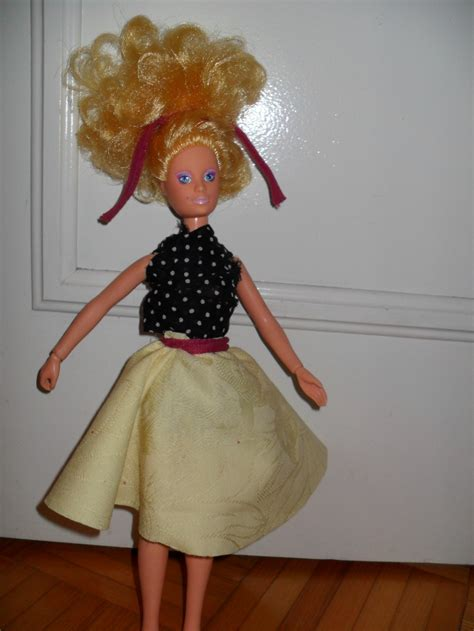 design clothes without sewing how to make no sew doll clothes for barbies and more