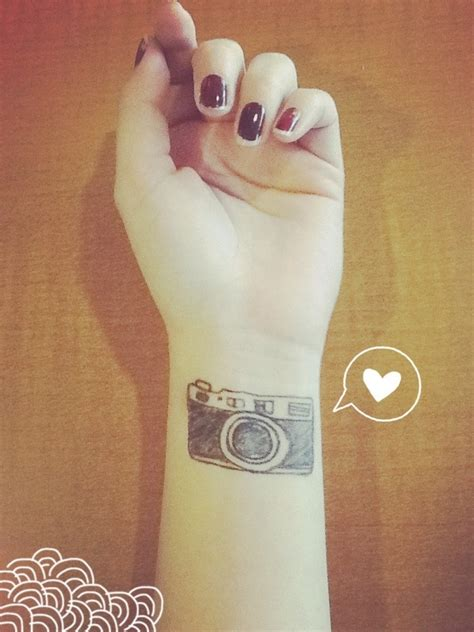 camera tattoo c 225 maras