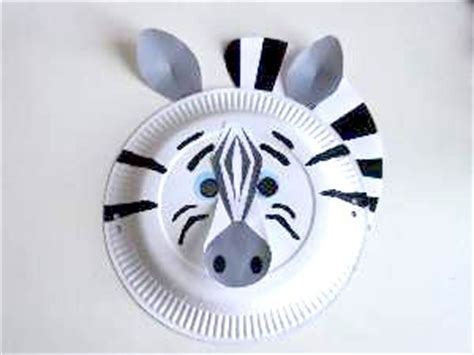 Zebra Paper Plate Craft - craft animal paper plate masks