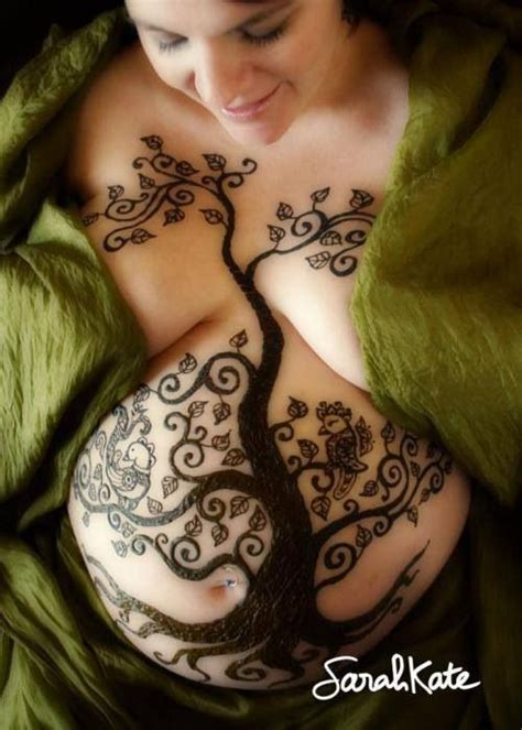 henna tattoos while pregnant the most creative belly i ve seen