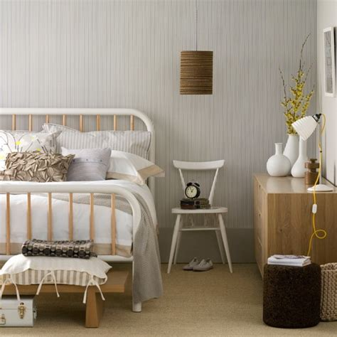 Neutral Bedroom Design Neutral Bedroom With Monochrome Wallpaper Bedroom Designs Housetohome Co Uk