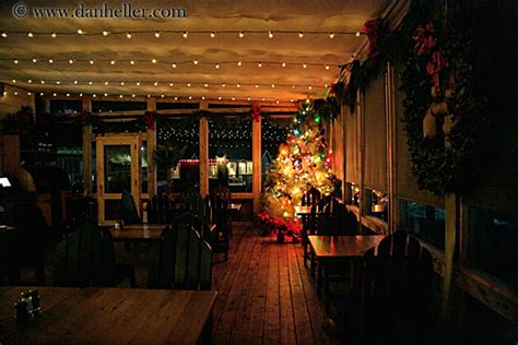nicks cove restaurant and christmas decorations 4
