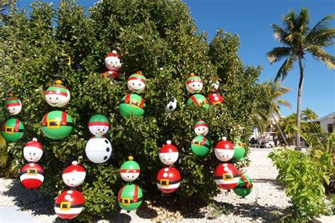 images  painted buoys  pinterest trips  calm  key west