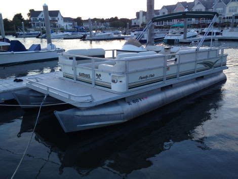 fishing boats for sale ocean city md 2001 24 foot crest family fish pontoon fishing boat for