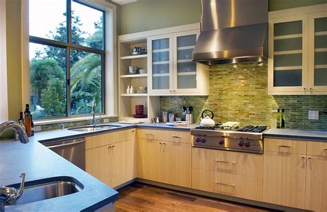 Green Glass Backsplashes For Kitchens by Kitchen Backsplash Ideas A Splattering Of The Most