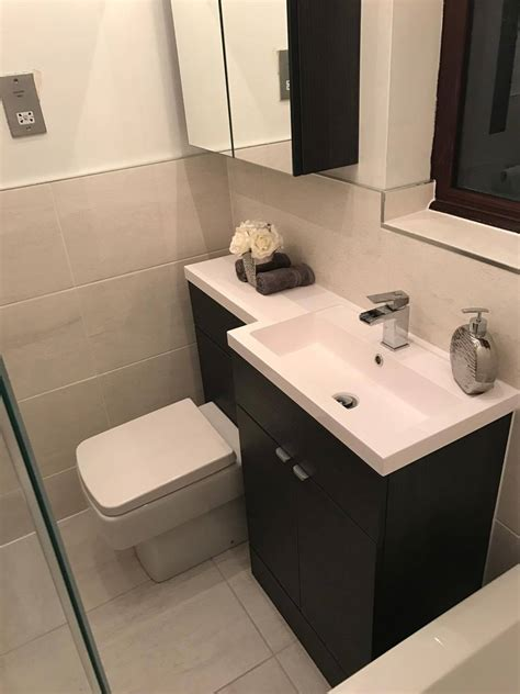 Ellie's Monochrome Bathroom   Customer Bathrooms