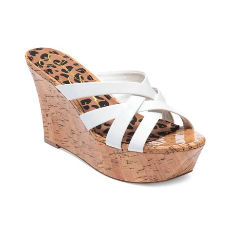 violas platform wedge sandals in white