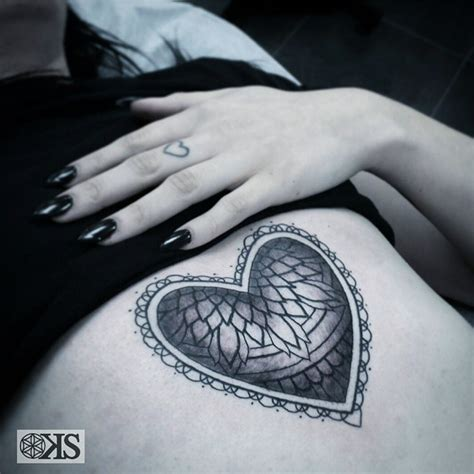 pattern stomach tattoo stomach heart pattern best tattoo ideas gallery