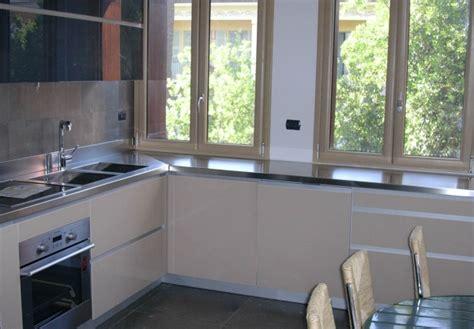 top cucina acciaio prezzi forum arredamento it disegno o rendering cucina ad angolo